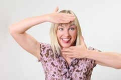 疯狂的滑稽的妇女画象  免版税库存照片