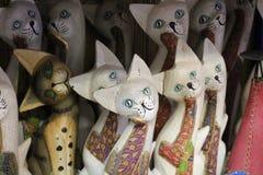 疯狂的猫雕象 免版税库存图片