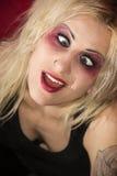 疯狂的白肤金发的goth女孩selfie 库存图片