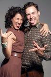 疯狂的年轻夫妇画象  免版税库存照片