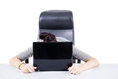 疲乏的女实业家 库存图片