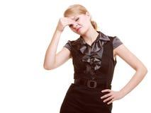 头疼 遭受顶头痛苦的妇女被隔绝 库存照片