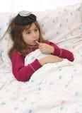 病的女孩 免版税库存照片
