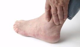 痛苦的脚腕 免版税库存照片