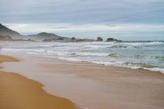 痣海滩在弗洛里亚诺波利斯,圣卡塔琳娜州,巴西 图库摄影