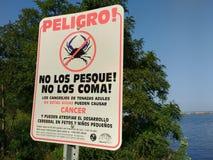 癌螃蟹,警告,螃蟹原因巨蟹星座,不吃,西班牙语 库存图片