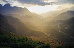 登上番西邦峰在西北越南 图库摄影
