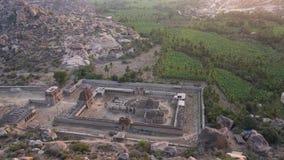 登上马坦加看法有寺庙的 股票录像