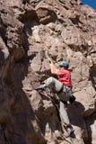 登山人大跨步 免版税库存图片