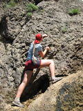 登山人女孩 免版税图库摄影