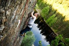 登山人女性 免版税库存图片