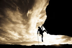 登山人摇晃的岩石 图库摄影