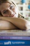 登记她的学员妇女 免版税库存图片