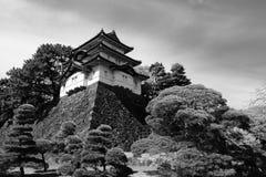 黑白一个历史的城堡警卫塔在东京故宫在日本 库存照片