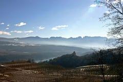 白云岩横向山 库存图片