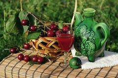 白兰地酒樱桃 库存照片
