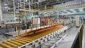 白合金板料在车间打开生产线 股票视频