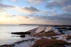 白垩峭壁英国小山海边七个姐妹 图库摄影