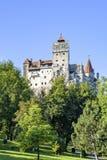 白天对麸皮城堡的夏天视图 免版税图库摄影