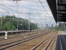 白天没人铁路符号运输 免版税库存照片