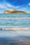 白天的秀丽海岛 库存照片