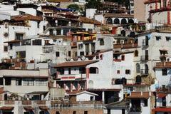 白天观点的Taxco de阿拉尔孔,墨西哥, arhitecture细节 库存照片