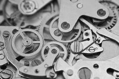 黑白宏观照片金属钟表机构 免版税图库摄影