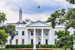 白宫门华盛顿纪念碑宾夕法尼亚Ave华盛顿特区 库存图片