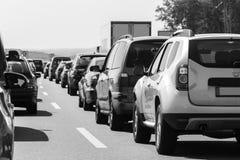 黑白德国高速公路的交通堵塞 免版税库存图片