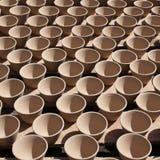 白拉胶陶瓷杯子 免版税库存图片