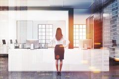 白招待会在被定调子的一个露天场所办公室 图库摄影