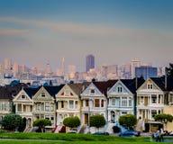 白杨广场的被绘的夫人在旧金山 免版税库存图片