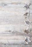 从白桦树皮的圣诞节装饰 免版税库存照片