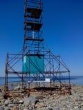 白海的沿海水域海角白海豚的,观看的塔blagami,索洛韦茨基群岛,阿尔汉格尔斯克oblast,俄罗斯 免版税库存图片