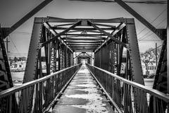 黑白的桥梁 免版税库存图片