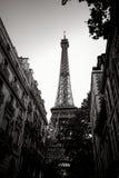 黑白的艾菲尔铁塔在巴黎法国 免版税库存图片