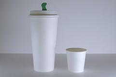 白皮书咖啡杯大模型 免版税图库摄影