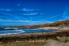 白礁海滩在Ericeira葡萄牙 库存照片