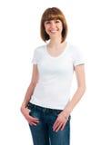 白种人干净的衬衣t青少年的佩带的白& 图库摄影
