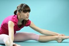 白种人舞蹈讲师现代实践 免版税库存照片