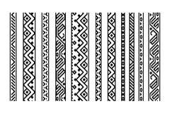黑白种族几何阿兹台克无缝的边界设置,导航 库存照片