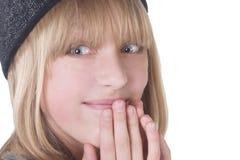 白肤金发女孩笑少年 免版税图库摄影