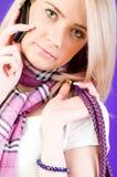 白肤金发女孩联系 免版税库存图片
