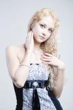 白肤金发的俏丽的微笑 图库摄影