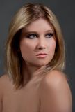 白肤金发的华美的妇女年轻人 库存照片