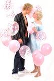白肤金发的夫妇爱年轻人 免版税库存图片