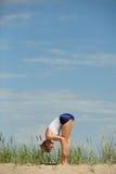 白肤金发的女性锻炼 库存照片