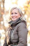 白肤金发的妇女 免版税库存照片