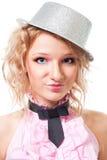 白肤金发的帽子纵向向导妇女 免版税库存图片