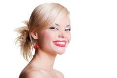白肤金发的纵向面带笑容 免版税图库摄影